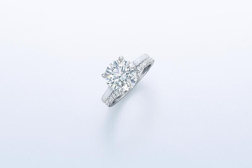 A Beautiful Round Brilliant Kwiat Tiara Cut Diamond